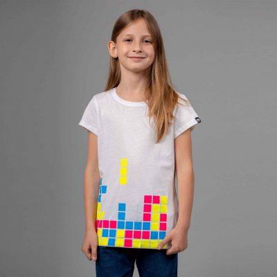 tetris-tshirt-girl-1